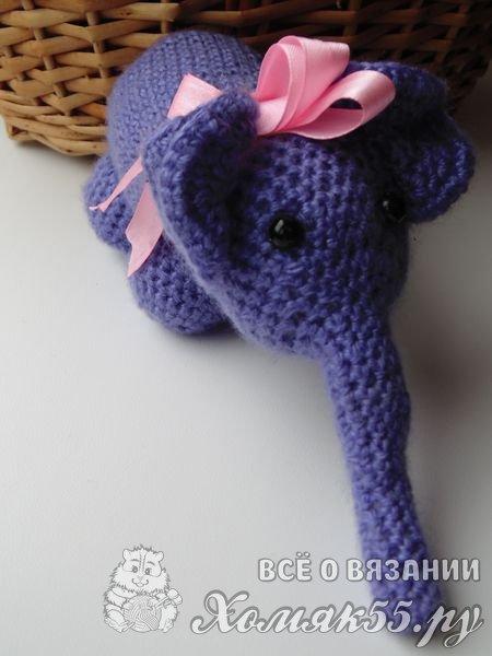 Вязаный слоник