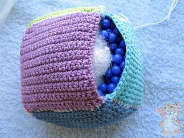 кубик для малыша вязаный крючком