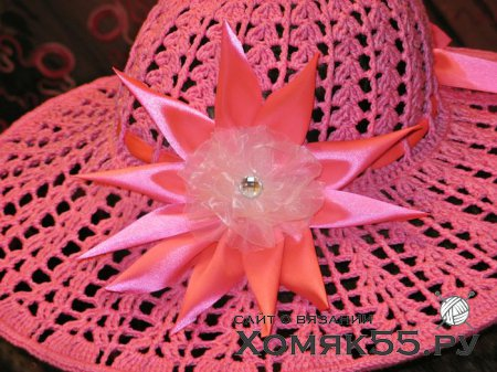 Розовая шляпка крючком